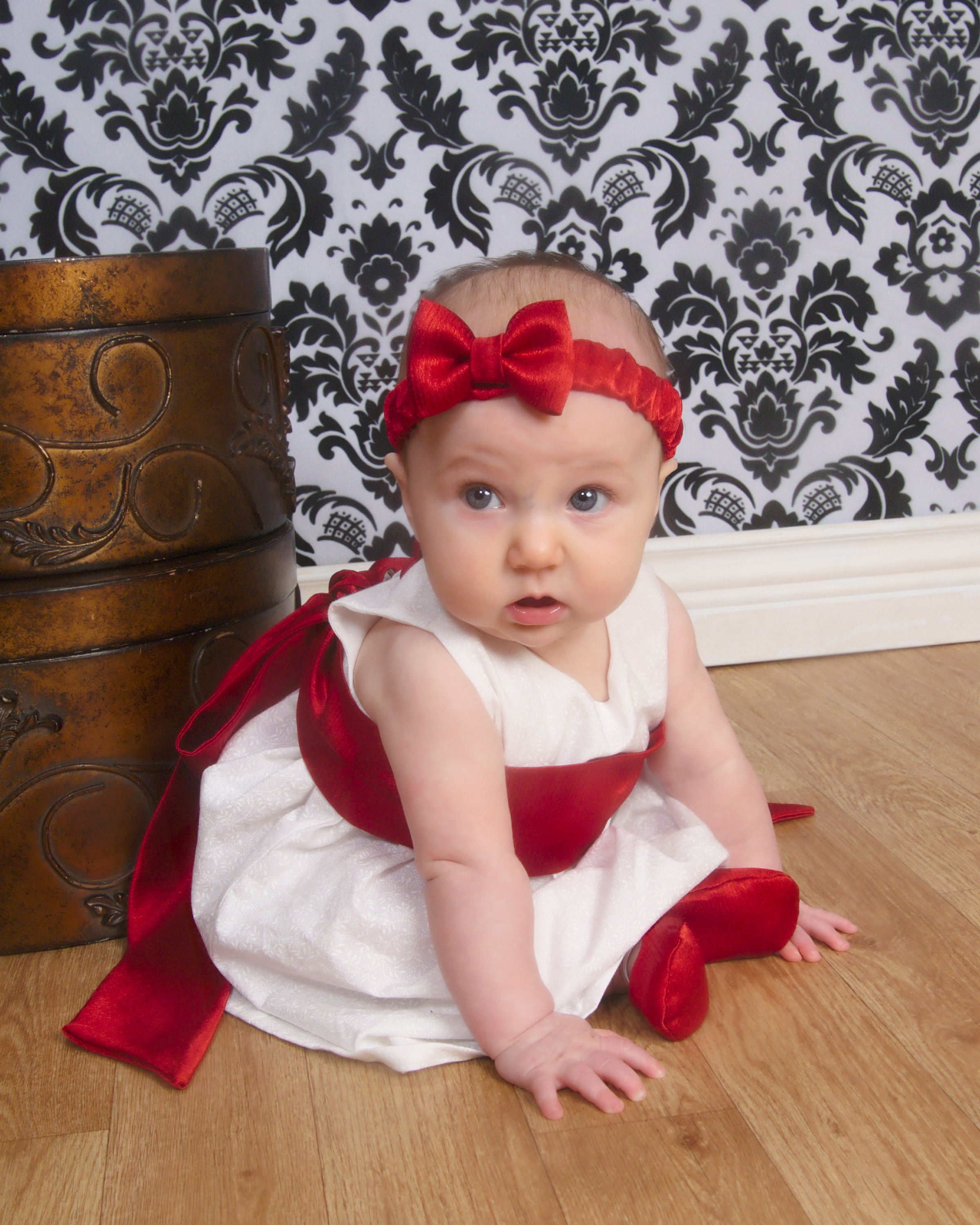 Christmas dress for baby - Advertisements